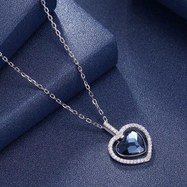 collier bleu saphir coeur pas cher