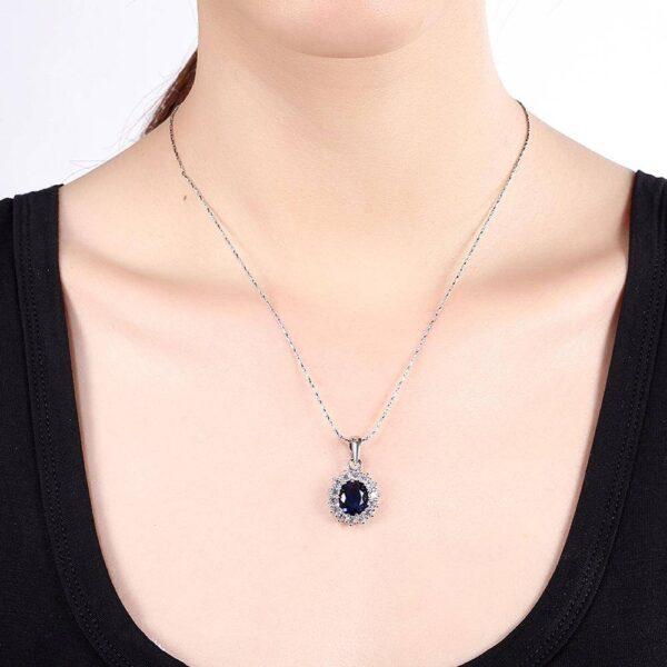 collier pierre bleue et cristaux blancs pas cher