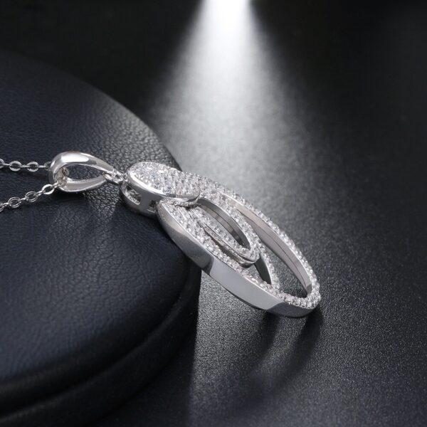 joli pendentif aux 3 cercles en argent